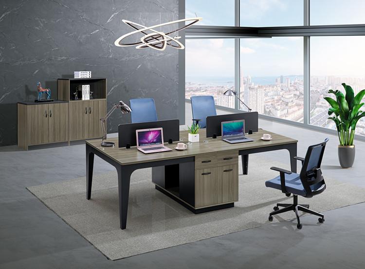 你知道屏风工作位与普通办公桌对比有哪些优势?